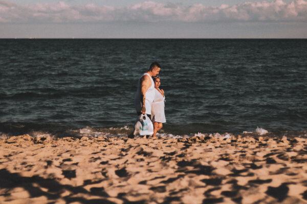 Miami beach couple by Ovyuki Shoots Photography